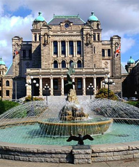 加拿大留学条件可以申请认证